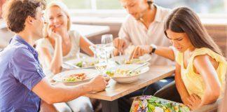 Donna a pranzo con dolore epigastrico