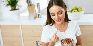 donna mangia mendorle
