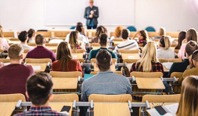 conférence étudiants universitaires