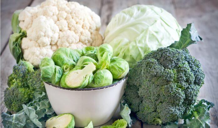 broccoli, cavolfiori, cavoletti di bruxelles, cavoli